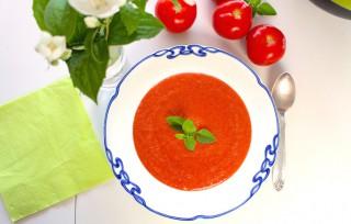 Kold tomatsuppe